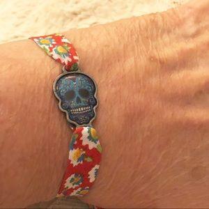 Vintage fabric bracelet with skull